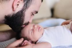 Un projet de l'allongement du congé paternité à l'étude