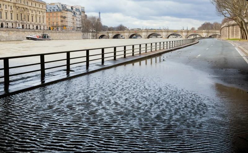 Une grande partie de la France concernée par un risque de crue : que faire si vous êtes dans un département à haut risque?