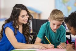 Kit de sensibilisation du handicap à l'école permettant aux enseignants d'aborder ce sujet avec leurs élèves
