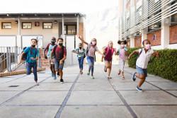 La rentrée scolaire est reportée dans les Antilles françaises et une partie de la Guyane
