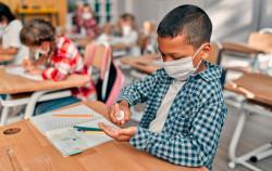 Écoles primaires : dans quels départements le port du masque ne sera-t-il plus obligatoire?