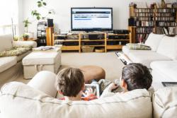 Trop d'écrans menacent-ils la santé des enfants?