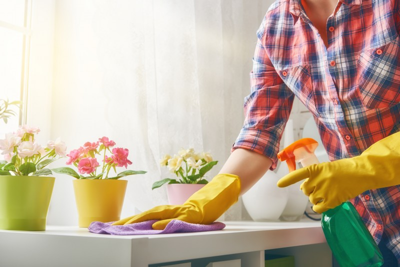 Faire le ménage peut s'avérer aussi dangereux que de fumer un paquet de cigarettes par jour