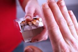 Prix du paquet de cigarettes à 8 euros dès jeudi : un budget non négligeable impactant sérieusement le pouvoir d'achat