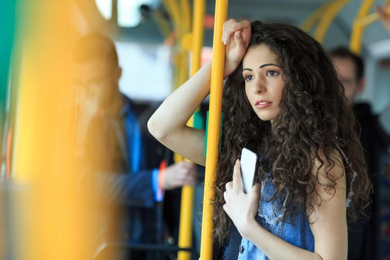 Lutte contre le harcèlement sexuel dans les transports : lancement d'une nouvelle campagne