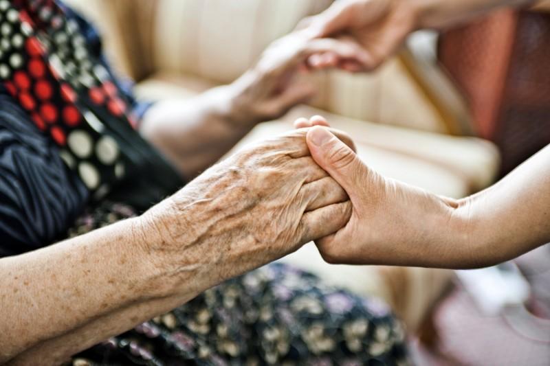 Une nouvelle journée de solidarité pour financer la dépendance des seniors et handicapés à l'étude