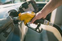 Prix des carburants en forte augmentation à cause des hausses des taxes et des marges des distributeurs en 2018 selon la CLCV