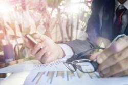 L'utilisation de l'intelligence artificielle dans l'entreprise et son impact sur les conditions de travail des salariés