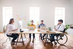 Travailleur handicapé : pas d'obligation d'embaucher pour les petites entreprises (moins de 20 salariés)