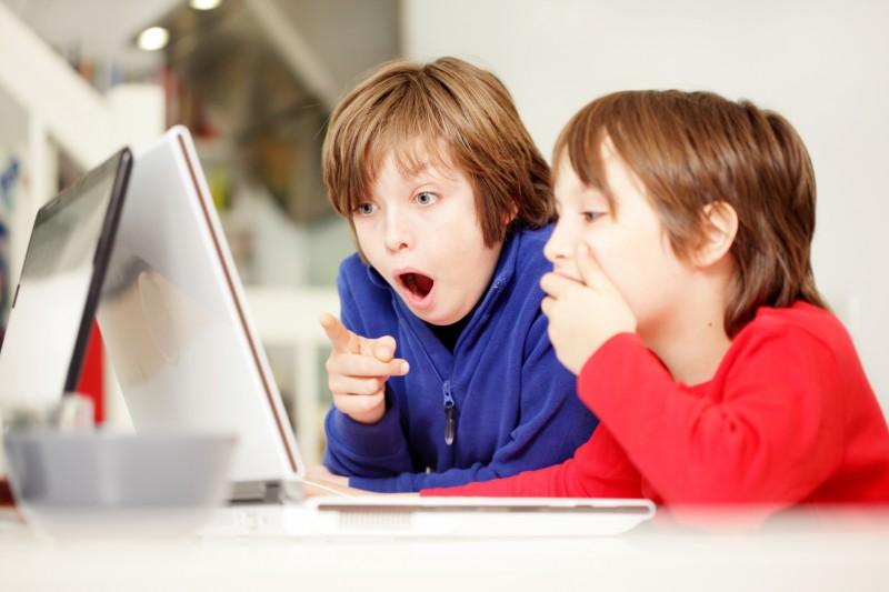 Signaler un site avec des contenus inappropriés pour les enfants sur Balancetonsite.com