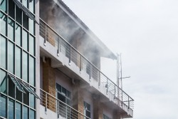 Incendie volontaire : l'assureur doit garantir les dommages causés et non souhaités à des tiers par son assuré