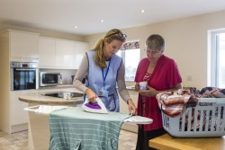 Crédit d'impôt 2018 : versement d'un acompte de 30 % pour l'emploi à domicile et frais de garde des enfants en janvier 2019