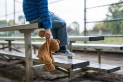 Protection de l'enfance : pas d'âge limite pour protéger les enfants des viols dans la loi Schiappa