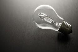 Ampoules halogènes interdites à la vente au 1er septembre 2018