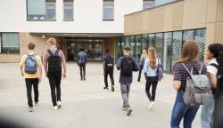 ARS, bourse, prime, aide pour la cantine : les différentes aides à la scolarité