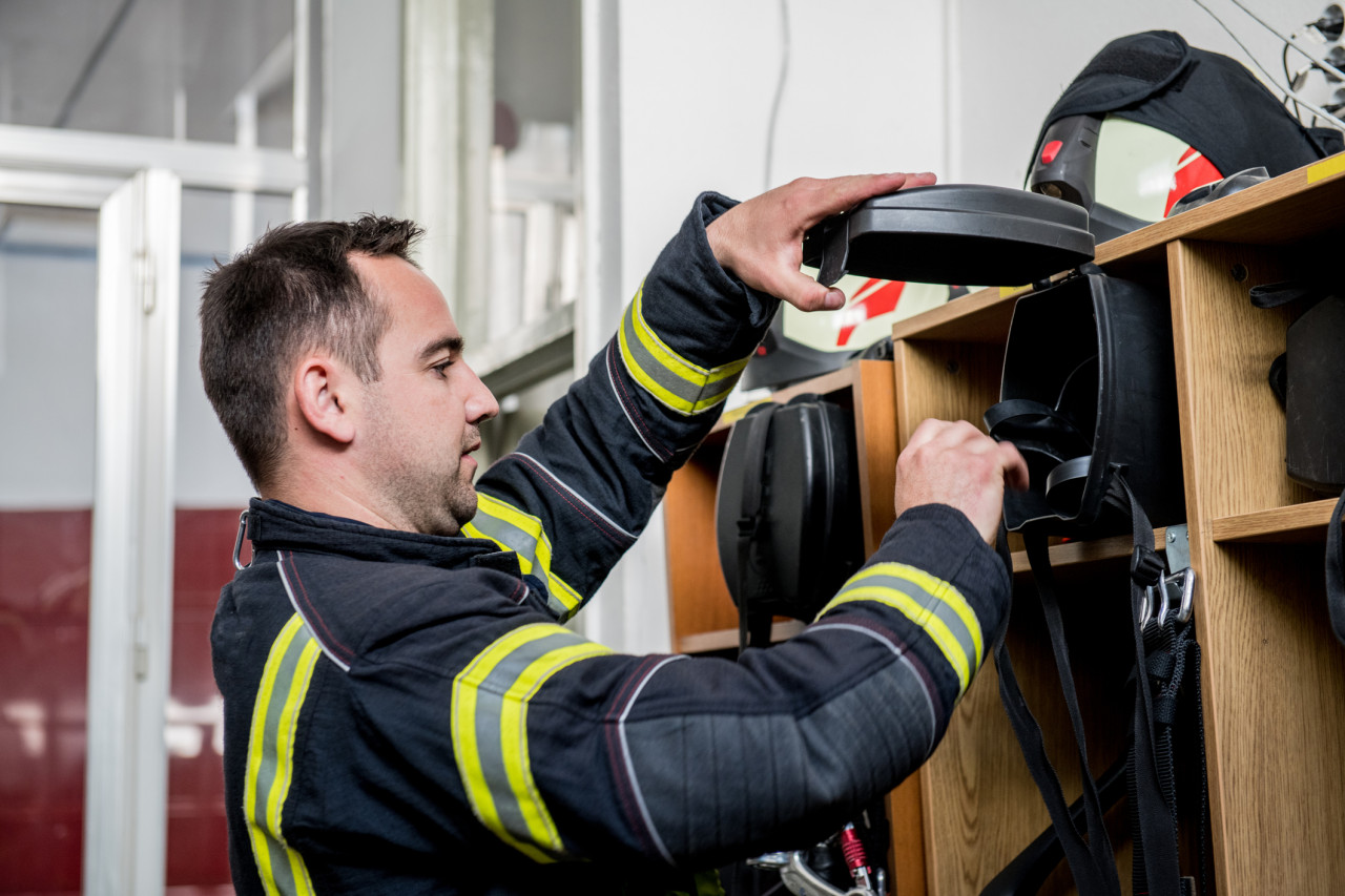 Devenir sapeur-pompier professionnel: inscription au concours, épreuves et nomination