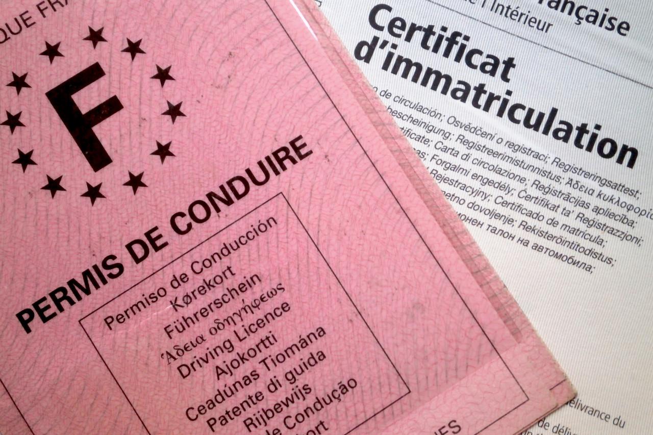 Faut-il déclarer un changement de nom ou de prénom pour son permis de conduire ?