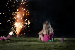 Organiser un feu d'artifice dans son jardin