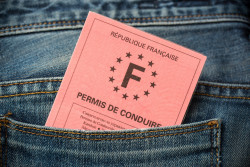 Justifier son identité avec un permis de conduire