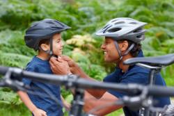 Choisir un bon casque à vélo pour son enfant