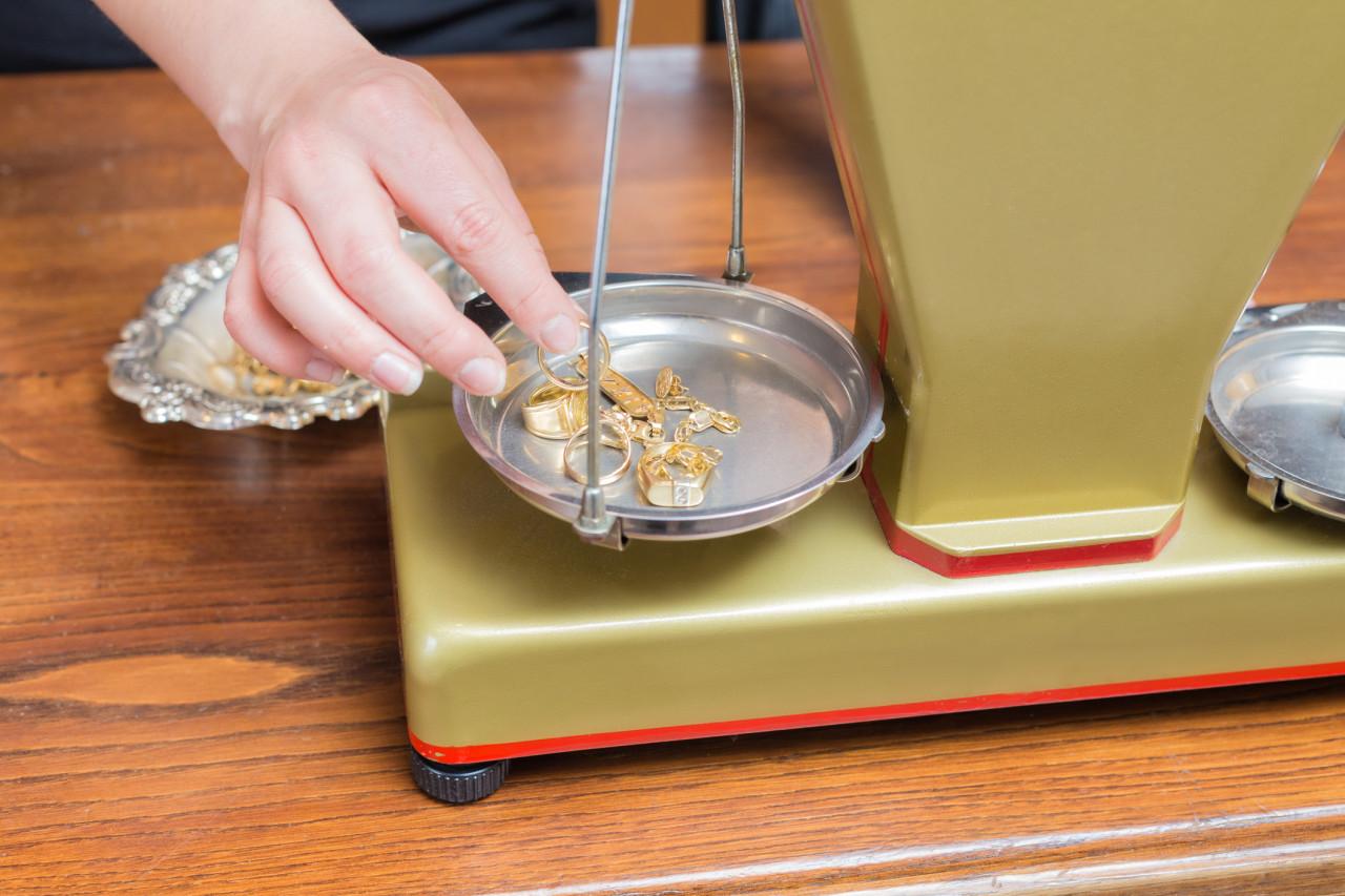 Vendre des métaux précieux à un professionnel : Quelles sont les règles à respecter ?