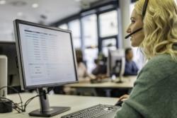 Enregistrer une conversation téléphonique et une vidéo de l'écran d'un salarié