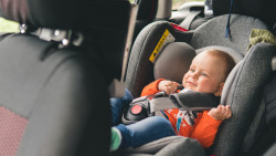Règles pour transporter un enfant en voiture