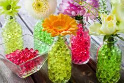 Perles d'eau décoratives : Attention aux risques d'ingestion par les jeunes enfants !