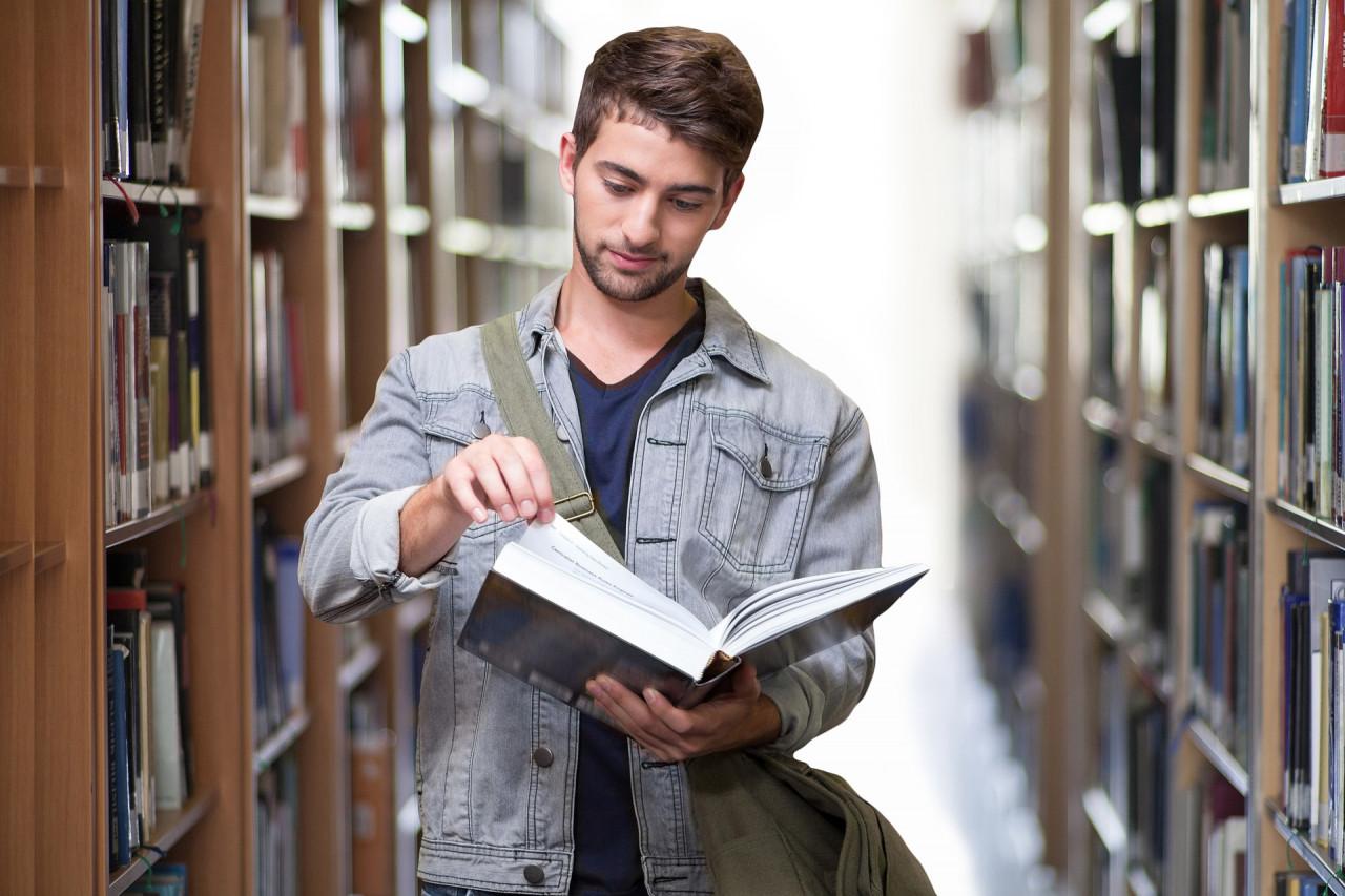 Partir étudier en Europe avec le programme Erasmus +
