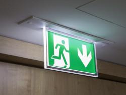 Abandon de poste au travail : quelle est la procédure ?