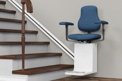 Installation monte-escalier : aides disponibles