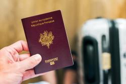 Déménagement : changer d'adresse sur votre passeport