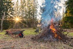 Peut-on faire un feu dans son jardin ?