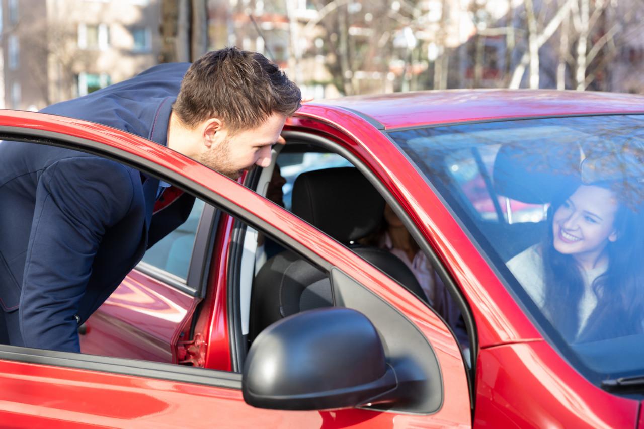Un salarié peut-il faire du covoiturage avec sa voiture de fonction&nobreak&?