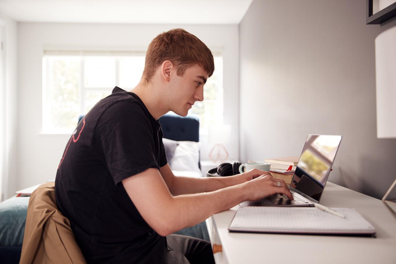 Quel logement étudiant choisir et quelles aides obtenir&nobreak&?