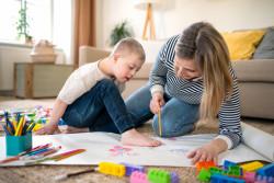 Assurance vieillesse du parent au foyer (AVPF) : droits et conditions d'accès