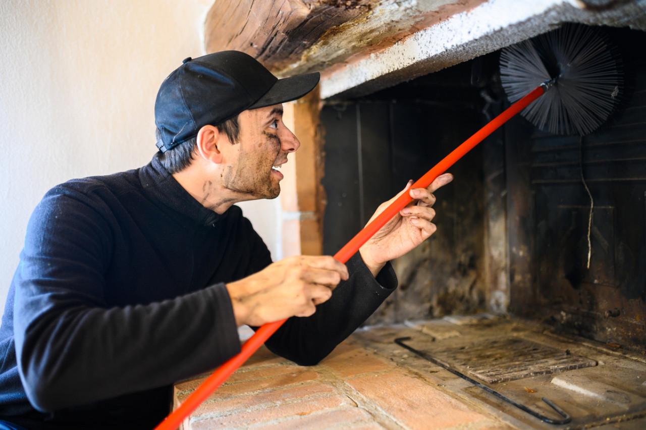 Ramonage de cheminée : obligation et réglementations