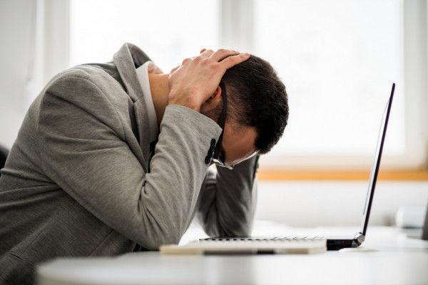 Burn-out, bore-out et brown-out : comment les gérer ?