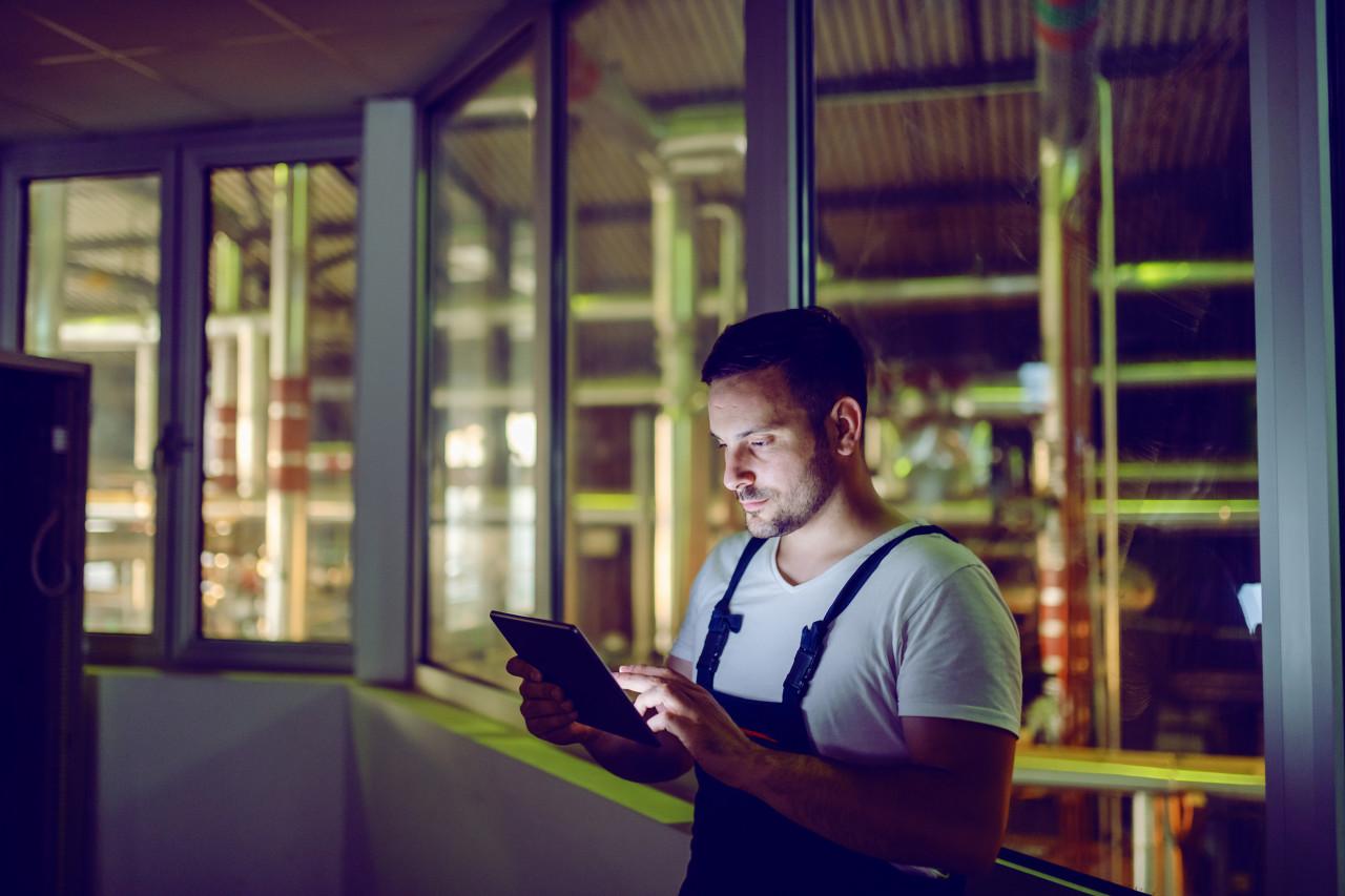 Travail de nuit : conditions et majoration de salaire