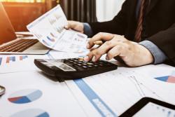 Impôt sur les sociétés : qui est concerné, comment le déclarer et le payer ?