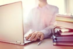 Comment obtenir de l'aide pour la recherche d'un premier emploi ?