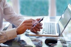 Comment déclarer ses outils de communication professionnelle ?