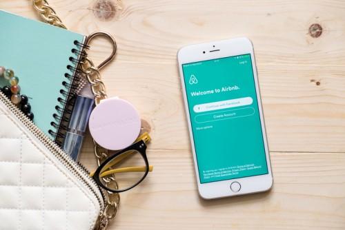 Déclarer les revenus Airbnb, Blablacar, Drivy, Leboncoin aux impôts