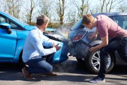 Accident de voiture avec un tiers sans assurance : démarches d'indemnisation auprès du FGAO