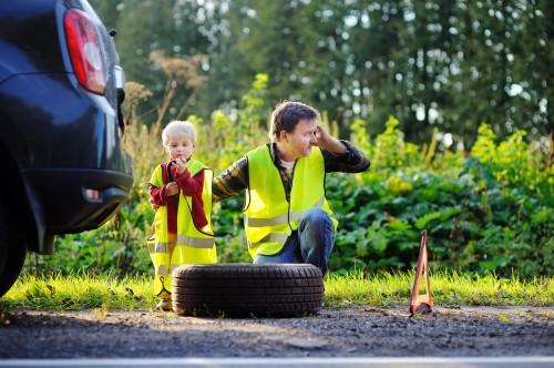 Les équipements obligatoires à détenir à bord d'un véhicule