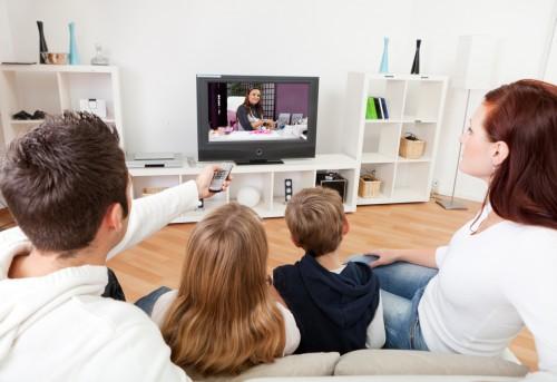 Audiovisuel : signaler un programme suspect au CSA