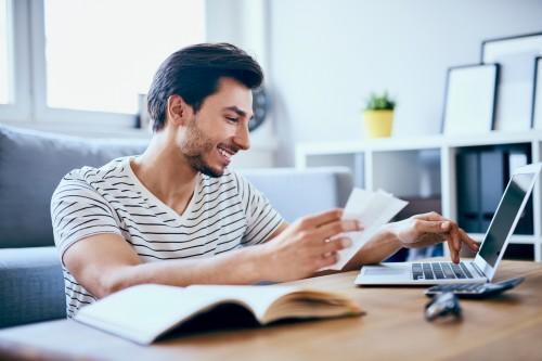 Les micro-entrepreneurs doivent être titulaires d'un compte bancaire dédié
