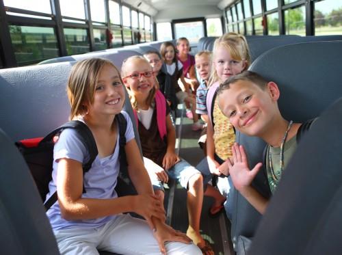 Obtenir la carte des transports en commun scolaires : cout et démarche