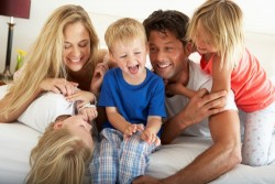 Complément familial : conditions d'obtention et montant