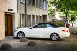 Interdiction de garer devant son garage: les règles de stationnement